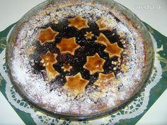 Linzertaart - Linecká torta Pie, Desserts, Food, Torte, Tailgate Desserts, Cake, Deserts, Fruit Cakes, Essen