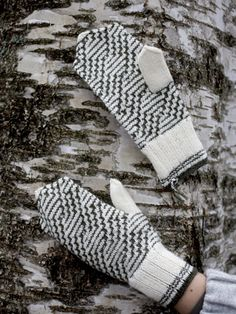 Nordic Yarns and Design since 1928 Knitting Charts, Knitting Projects, Fingerless Gloves, Arm Warmers, Knit Crochet, Girly, Knits, Pattern