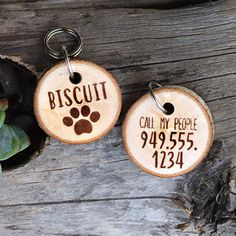 Wood Slice Pet ID Tag, Rustic personalized dog tag, Dog ID tag, Custom Pet Name Tag, Pet keychain, Real Wood Pet Name Tag http://etsy.me/2FZVYVq #accessories #keychain #brown #backtoschool #personalized #woodslices