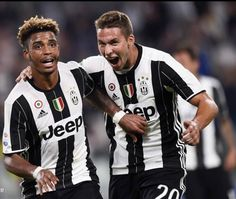 ♥️♥️❤️ Juventus Fc, First Love, Soccer, Football, Grande, Sports, Gallery, Hs Sports, Futbol