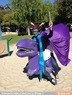 Eridan Dave cosplayer....... pffffft i was like what dave there is no dave here but then just look harder