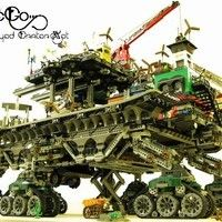 Bricklink is the world's largest online marketplace to buy and sell LEGO parts, Minifigs and sets, both new or used. Search the complete LEGO catalog & Create your own Bricklink store. Steampunk Lego, Steampunk City, Lego Design, Lego Technic, Lego Minifigure, Lego City, Legos, Amazing Lego Creations, Lego Mechs