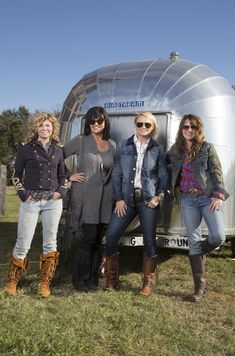 Miranda Lambert teamed up with the Junk Gypsies to remodel her mother's vintage Airstream trailer.