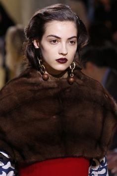 Camille Hurel at Marni, Fall 2016 Fashion Line, Fashion Details, Fashion Show, Milan Fashion, Runway Fashion, Fashion Ideas, Fashion Inspiration, Camille Hurel, Phresh Out The Runway