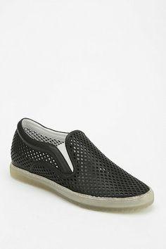 dolce vita zaren leather cutout slip on sneaker