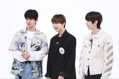 Yoon Park, Weekly Idol, Extended Play, South Korean Boy Band, Boy Bands, Rain Jacket, Windbreaker, Coat, Jackets
