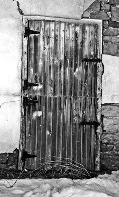 Dutch Barn Door|Love's Photo Album