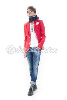 #Adulto #Attraenti #Bella #Azzurri #Boutique #Ragazzo #Casual #Caucasico #Guarnizioni #Carina #Vestito #Eleganti #Viso #Moda #Sciarpa #Occhiali #Capelli #Umano #Giacca #Jeans #Lunga #Maschio #Uomo #Modello #Vecchia #Uno #Persone #Persona #Posa #Rosso #Sexy #In piedi #Studio #Stile #Elegante #Giovani #Bianco #Giovane