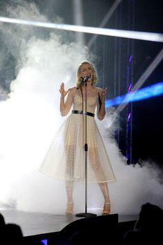Ramona Nerra - SAVE ME (Eurovision - Finala Selectia Nationala) www.ramonanerra.com