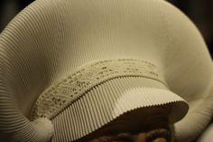 Hardanger skaut Headgear, Headpiece, Baseball Hats, Costumes, Folklore, Aprons, Blog, Patterns, Board
