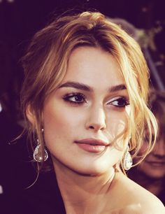 Keira Knightley gorgeous makeup