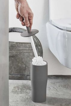 GRACE PORTASCOPINO - toilet brush holder part of the Grace collection, made of solft and coloured polyurethane gel.  #grace #geelli #geellinews2015 #portascopino #toiletbrush #bagno #scopino