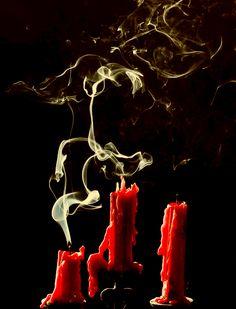 #candles #red #steam #dark #extinguished