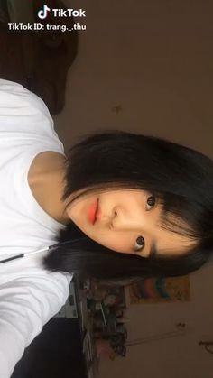 Short Hair Styles Easy, Short Hair With Bangs, Girl Short Hair, Hairstyles With Bangs, Cute Japanese Girl, Cute Korean Girl, Asian Girl, Ulzzang Girl Fashion, Ulzzang Korean Girl