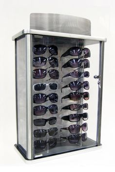 Image from http://apepperdesigns.com/blog/images/locking-sunglass-display.jpg.