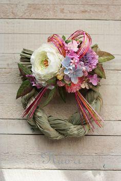 Japanese New Year wreath 2014 お正月 Autumn Wreaths, Christmas Wreaths, Japanese Ornaments, Japanese New Year, New Years Decorations, Diy Wreath, Flower Crafts, Flower Making, Paper Dolls