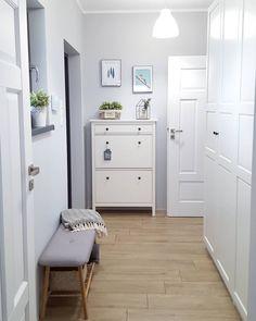 Interior Home Design Trends For 2020 - New ideas Gray Interior, Interior Design, Cottage Shabby Chic, Living Room Decor, Bedroom Decor, Decoration Entree, Home Room Design, Paint Colors For Home, Hallway Decorating