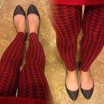 It's a #houndstooth kinda night #holiday #red #repeatpo #nikibiki #onesize #leggings #nomuffinton #lovemypants