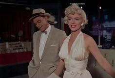 The Girl as played by Marilyn in The Seven Year Itch Marilyn Monroe Movies, Marilyn Monroe Photos, Film Aesthetic, Aesthetic Videos, Hollywood Glamour, Old Hollywood, Classic Hollywood, Gentlemen Prefer Blondes, Actrices Hollywood