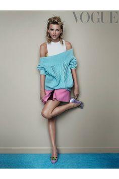 Taylor Swift for Vogue UK November 2014 by Mario Testino