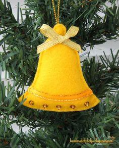 38 Original Felt Ornaments Decoration Ideas For Your Christmas Tree 03 #feltornaments