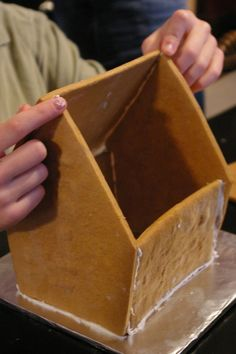 Gingerbread houses with template like this shape