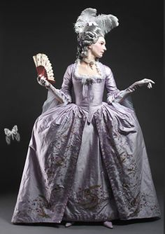 18th century lavendar silk, same dress from the front...Marie would have loved this