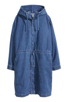 Oversized parka in washed denim with a drawstring hood. Concealed snap fasteners at front and drawstring at waist. One side pocket, one patch pocket, and handwarmer pocket at top. Buttons at cuffs. Dark Denim, Blue Denim, Washed Denim, Denim Fashion, Look Fashion, Korean Fashion, Fashion Styles, Denim Coat, Classy Outfits