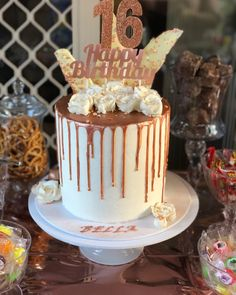 The post Cake Goals! 2019 appeared first on Birthday ideas. 16th Birthday Cake For Girls, 14th Birthday Cakes, Sweet 16 Birthday Cake, Beautiful Birthday Cakes, Birthday Cake For Women Simple, 16th Birthday Decorations, Women Birthday, Sweet Sixteen Cakes, Sweet 16 Cakes