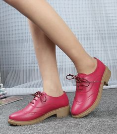 Women's #pink leather lace up #DressShoe retro Oxford style, cute carving, sewing thread, leather upper and lining.