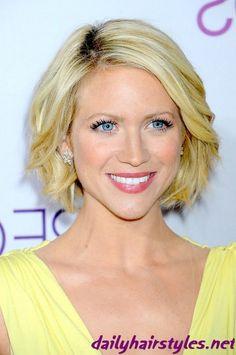 short medium hairstyles -