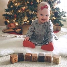 What a beautiful baby girl!! Happy five months, doll! :christmas_tree::ribbon: