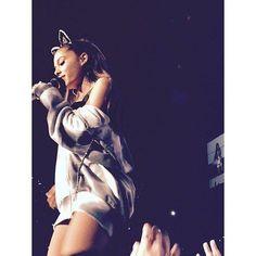 #Ariana #Grande #Ari