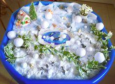Artic small world tuff tray winter