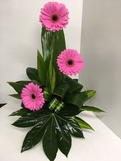 Printer Projects New York Printing Architecture Sculptural Fashion Product Contemporary Flower Arrangements, Tropical Flower Arrangements, Creative Flower Arrangements, Flower Arrangement Designs, Church Flower Arrangements, Beautiful Flower Arrangements, Flower Centerpieces, Flower Decorations, Beautiful Flowers