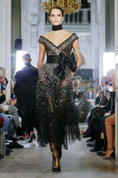 77f341593 Elie Saab Tells a Love Story in the Fall 2019 Ready-To-Wear Collection