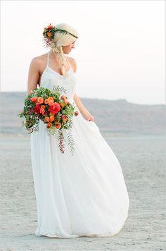 Boho chic bridals that are just so romantic! Captured by Callie Hobbs Photography. #weddingchicks http://www.weddingchicks.com/2014/08/19/sunset-beach-hair-and-bouquet/