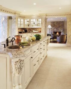 Bianco Antico Granite Countertop : White Kitchen Cabinets With Granite Countertops – Kitchen Installation Granite Kitchen, White Kitchen Cabinets, Kitchen Countertops, New Kitchen, Kitchen Decor, Kitchen Backsplash, Cream Cabinets, Beige Cabinets, Kitchen Worktop