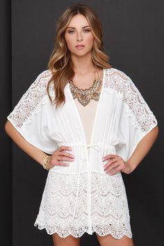 Kaftan Lines Ivory Lace Kimono Top at Lulus.com!