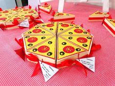 Fatia de Pizza - Lembrancinha | Mimos e Encantos Ateliê | Elo7 Pizza Party Themes, Decoration Party Ideas, 4th Birthday, Birthday Parties, Festa Toy Story, Perfect Pizza, Baking Party, Turtle Party, Party Planning