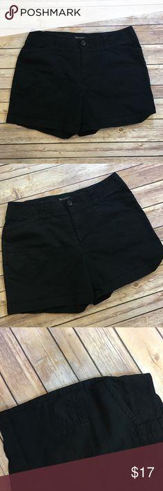 "Dockers Black Shorts Dockers black casual shorts. 98% cotton, 2% spandex. Waist laying flat 16"". Front rise 9.5""/ back 10.5"". Inseam 4.5"". (B005) Dockers Shorts"