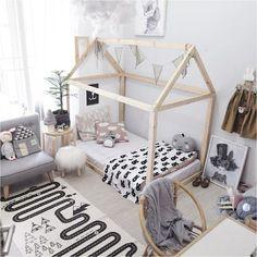 21 Super Cute Floor Bed Designs For Kids Room Decor Baby Bedroom, Girls Bedroom, Canopy Bedroom, Montessori Bedroom, Montessori Baby, Toddler Rooms, House Beds, Baby Decor, Home Decor Ideas