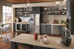 StarMark Cabinets - modern - kitchen cabinets - new york - Kabinet King Kitchen Cabinet Makers, Blue Kitchen Cabinets, Kitchen Dining, Buy Kitchen, Kitchen Reno, Dining Room, Beautiful Kitchens, Cool Kitchens, Estilo Shaker
