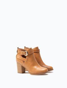 BOTIM TACÃO ABERTURA por apenas 25.99 na Lefties. Entre agora e descubra a nossa coleção de Sapatos.