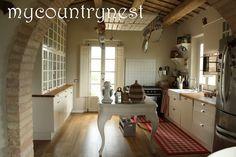 Recupero in cucina: isola e rastrelliera per pentole a costo zero