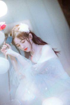 Cute Girl Image, Ulzzang Korean Girl, Beautiful Chinese Girl, Photoshoot Pics, Wedding Dresses For Girls, Anime Art Girl, Asian Beauty, My Idol, Cute Girls