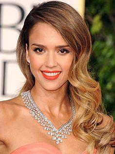 2013 Golden Globes, Jessica Alba, wearing a $5.8 Million dollar Harry Winston diamond necklace!