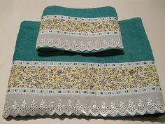 Cema Toalhas Decoradas Dish Towels, Hand Towels, Diy And Crafts, Arts And Crafts, Decorative Towels, Bath Linens, Bed Covers, Kitchen Towels, Decoration