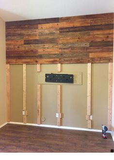 Rustic wood wall decor Rustic Wood Walls Decor Interior Design Basements Ideas For 2019 # Wooden Accent Wall, Accent Wall Bedroom, Wooden Walls, Bedroom Tv, Reclaimed Wood Walls, Distressed Wood Wall, Basement Bedrooms, Bedroom Decor, Rustic Wood Wall Decor