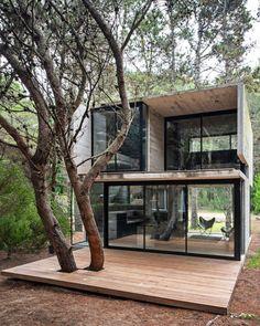 "1,916 mentions J'aime, 12 commentaires - designboom magazine (@designboom) sur Instagram: ""exposed #concrete  H3 summer house by #lucianokruk  mar azul, argentina @lucianokruk.arquitectos…"""
